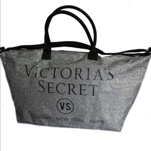 Victoria Secret limited edition 2015 holiday tote